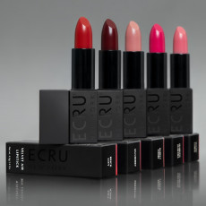 ECRU New York Velvet Air Lipstick